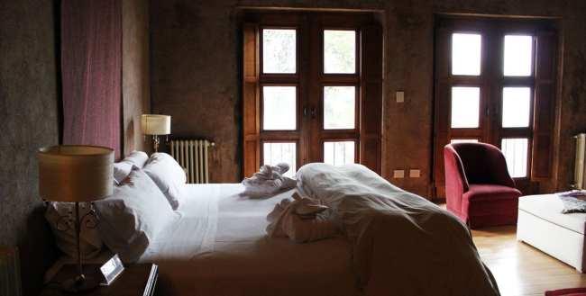 Hotéis Villa la Angostura - Correntoso: Chá da tardeHotéis Villa la Angostura - Luma: quarto
