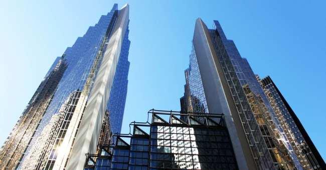 O que fazer em Toronto - Prédio folheado a ouro no financial district
