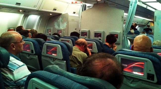 Como é voar de Air Canada - Econômica