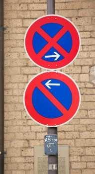 Dicas para dirigir na Alemanha - Placas de proibido estacionar