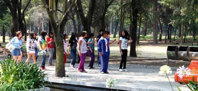 Roteiro pelo Bosque de Chapultepec - Ensaio de K-pop