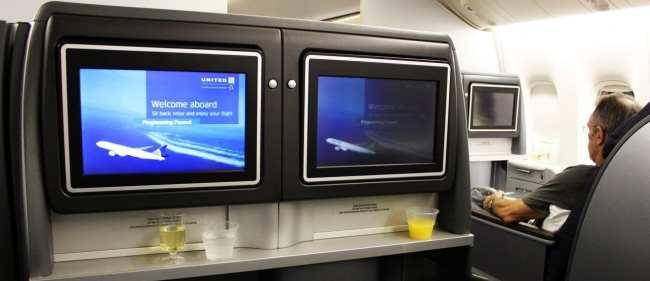 Como é voar na Classe Executiva da United Airlines -  TV