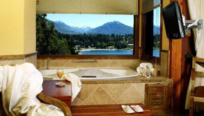 Ode ficar em Bariloche: os melhores hotéis - Charming Hotel vista da banheira