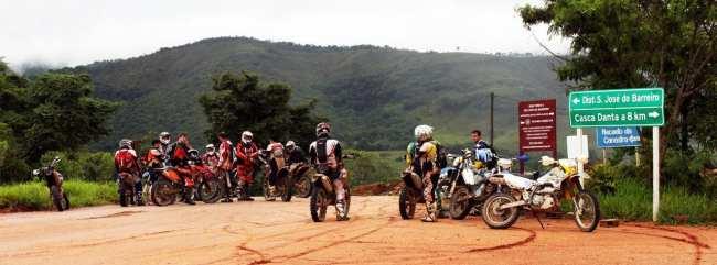 Serra da Canastra - Motoqueiros se divertindo com a lama