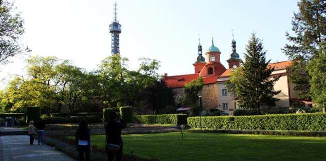 Petrin em Praga - Torre de Observação parecida com a Torre Eiffel