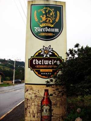 Vinícolas e cervejarias em Treze Tílias - Restaurante Edelweiss e Cervejaria Bierbaum 1