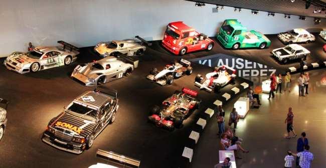 Stuttgart - Museu da Mercedes-Benz Carros de corrida