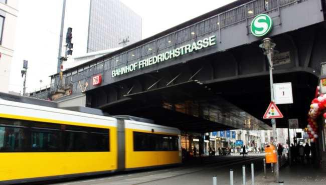 Guia KLM de Berlim - Estação de tram e metrô