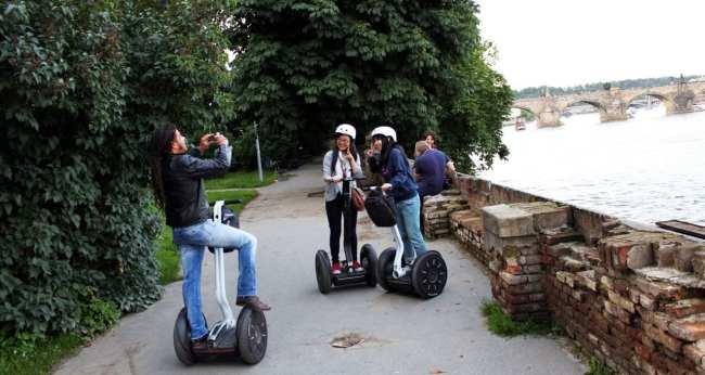 Segway tour em Praga - Pausa para foto :P
