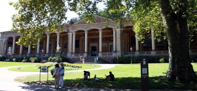 Baden-Baden e a Floresta Negra - Trinkhalle