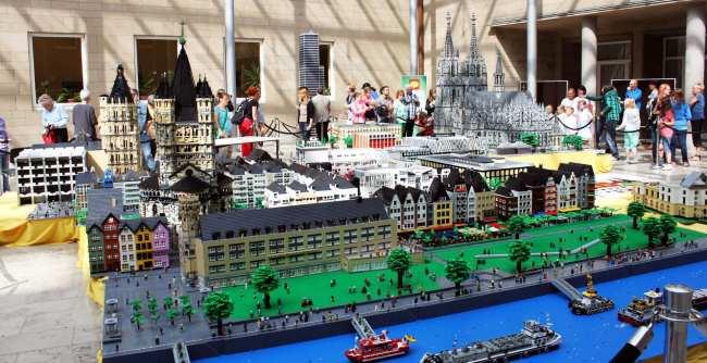 Roteiro de 2 dias em Colônia - Maquete de lego da cidade