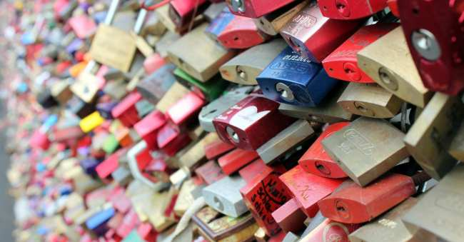 Roteiro de 2 dias em Colônia - Love Lockers