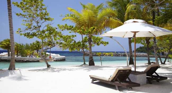 Sundaytalk - Hotel Island Outpost 1
