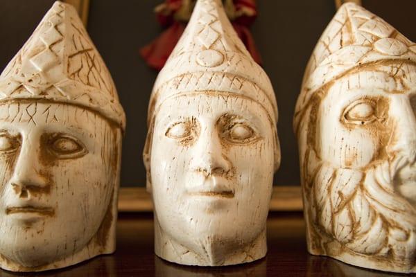 Apolo, Antíoco I e Zeus, na sala da minha casa