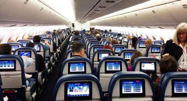 Como é voar de Delta Airlines - 4
