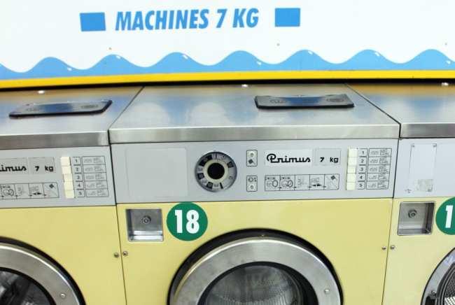 Como lavar roupa na Europa: lavandera - 02