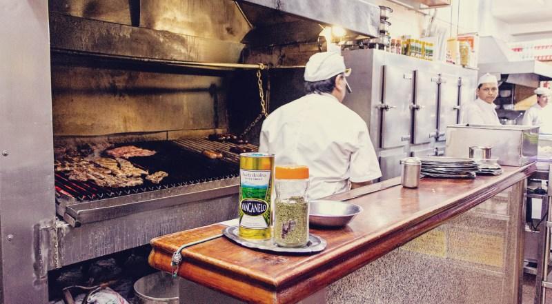 O que fazer em Buenos Aires gastando pouco - parrilla churrasco