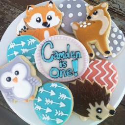 Woodland critter sugar cookies