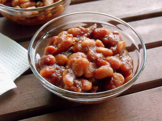 Molasses Lovers Beans