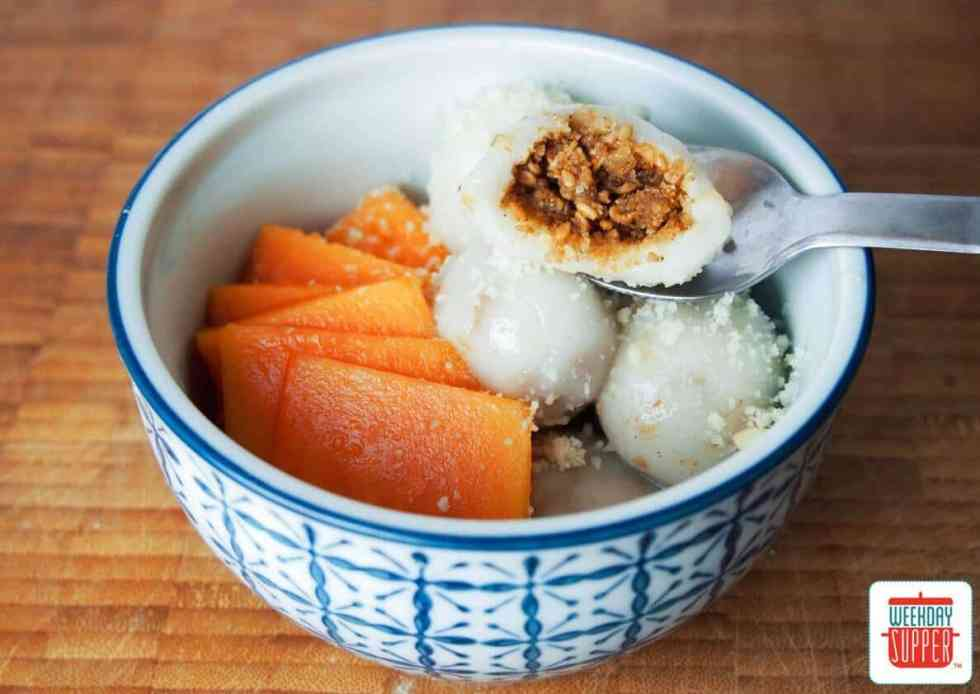 Sang Choy Bao - Chinese Lettuce Cups - Photos by Caroline Williams #WeekdaySupper #ChineseNewYear