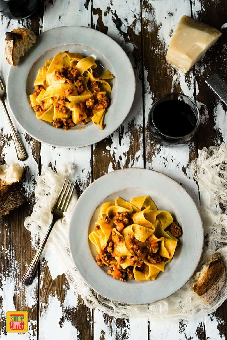 Homemade Bolognese Sauce with Pappardelle Pasta #SundaySupper