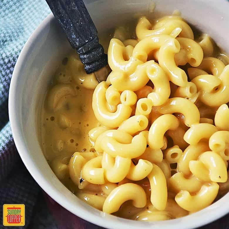 Easy Creamy Mac and Cheese Stove Top Recipe