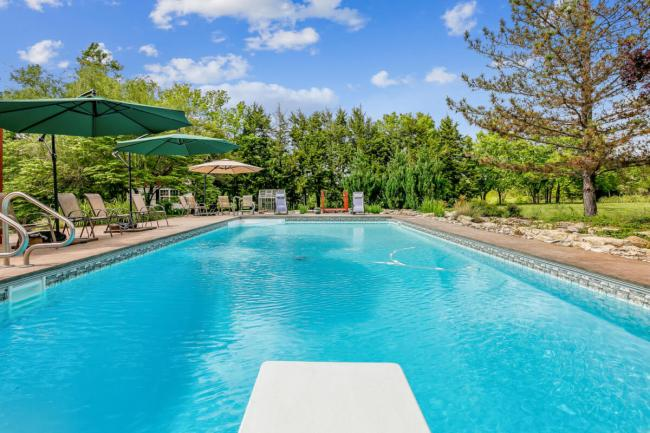 3650 N Main St El Dorado KS-large-121-111-Pool Outdoor-1500x1000-72dpi
