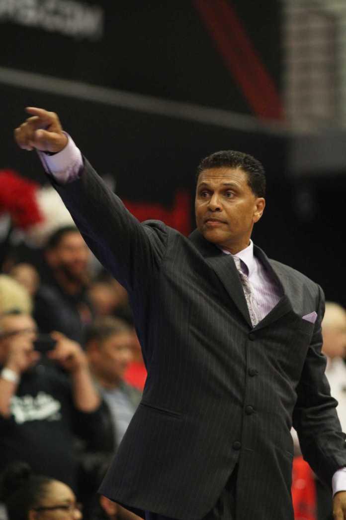 Reggie Theus CSUN men's basketbal...