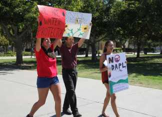 3 students at CSUN protest the dakota access pipeline