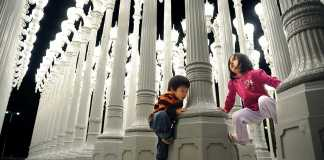 2 children pictured at LACMA