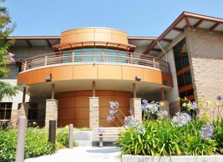 photo shows CSUN police services building