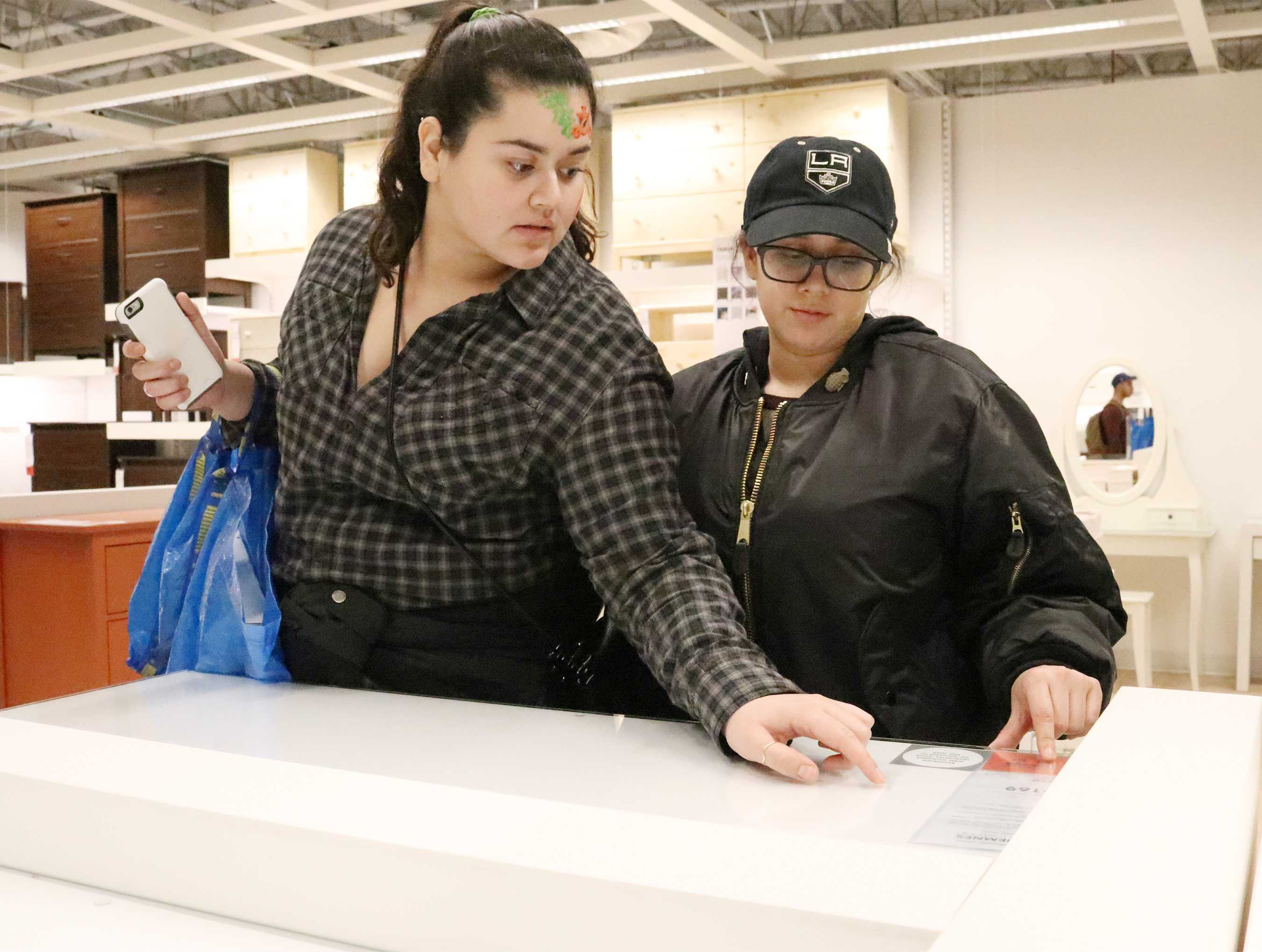 Ikea Opens Doors To Biggest Store In The U S The Sundial