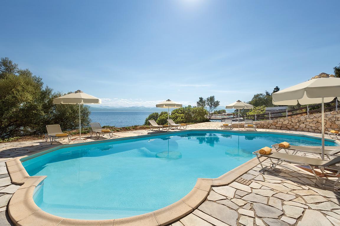 Hotel Wyndham Loutraki Poseidon Resort In Atheense Rivira