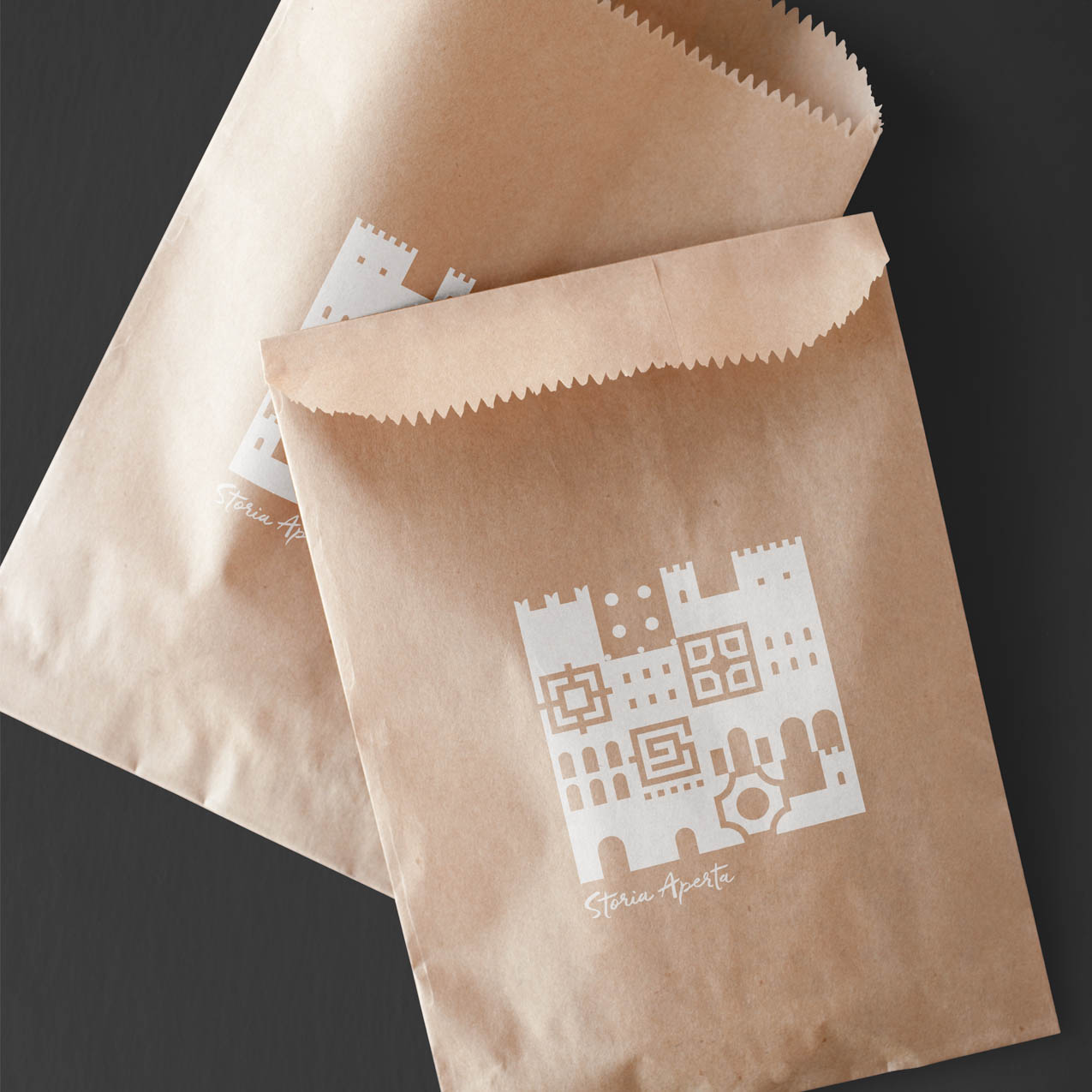 Storia Aperta Paper Bags