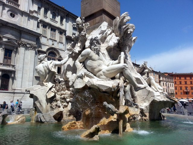 Four-Winds-Fountain-Rome