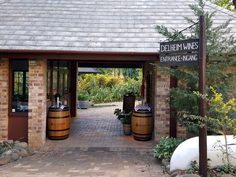 delheim-wines-entrance
