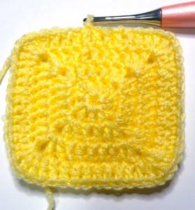 crochet solid granny square