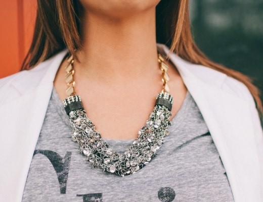 statement necklace, chic tee, statement necklace with tee shirt