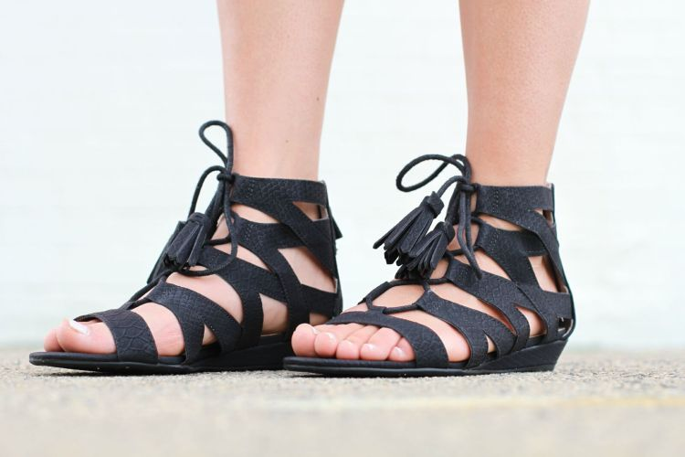 Sam & Libby black gladiator sandals