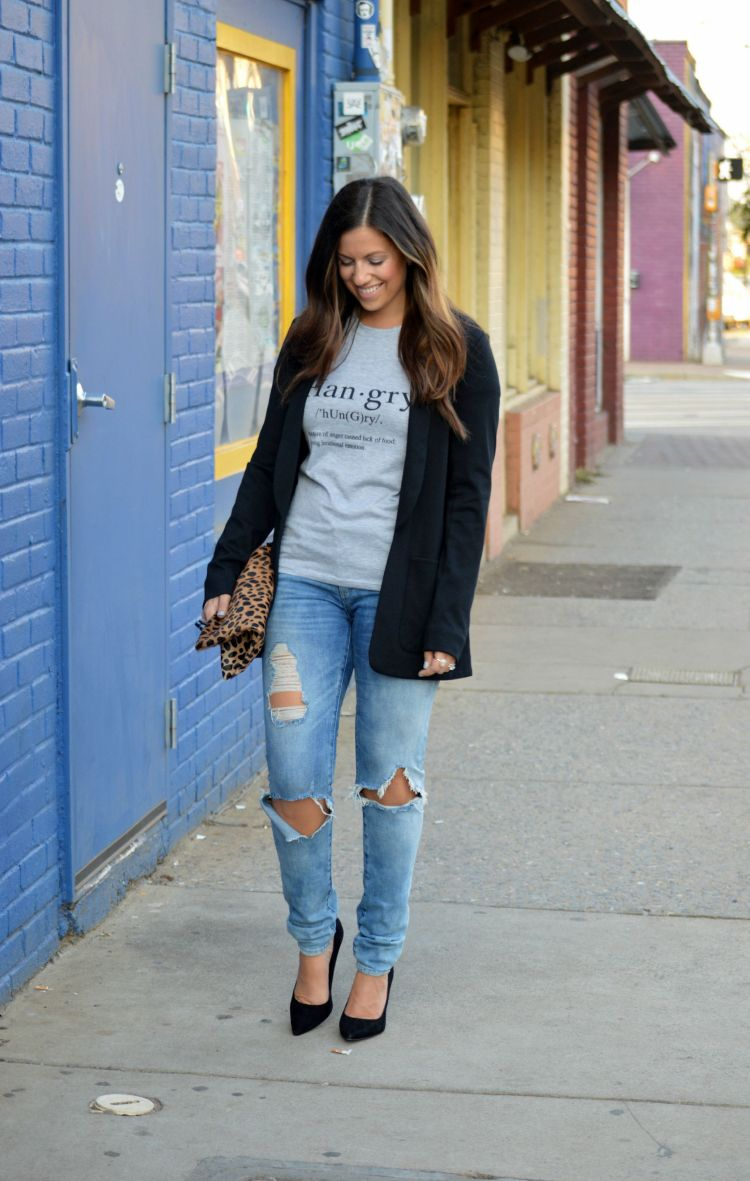 how to style a graphic tee with blazer