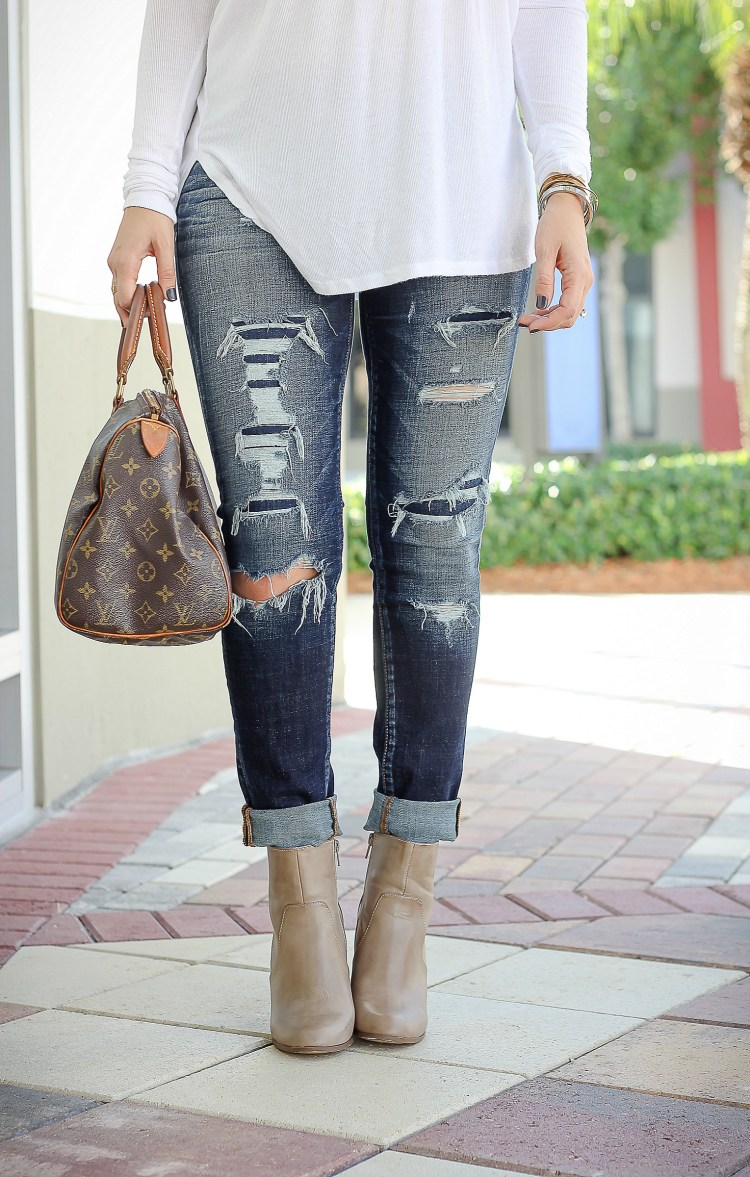 the perfect distressed skinny jeans