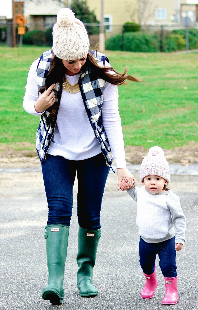 what you need to know about Hunter boots, Sunflowers and Stilettos, Mommy and Me blog