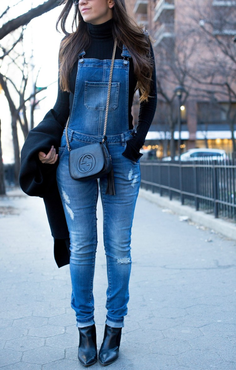 how to style overalls, what to wear with overalls
