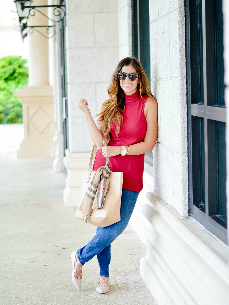Fashion blogger Jaime Cittadino of Sunflowers and Stilettos dressing for fall in Boca Raton, Florida.