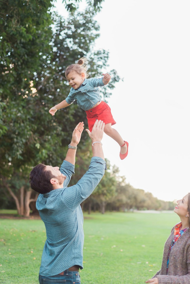 Ideas for family holiday pictures, PrimeRaw Photography Miami