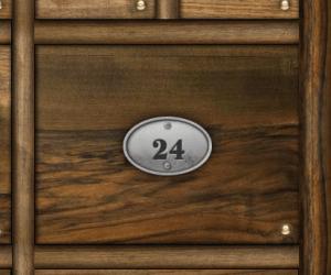 Casier en bois numéro 24