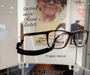 แว่นใส่วิ่งใส่ทำงาน ทำไมต้องแยกกัน