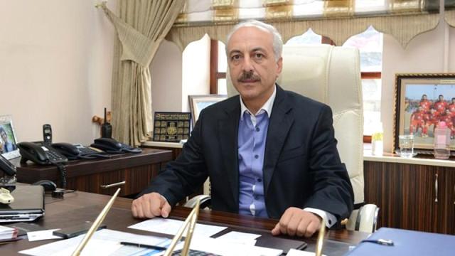 Muzaffer Külcü'nün istifasıyla boşalan Çorum Belediye Başkanlığına AK Parti'nin adayı, Belediye Başkan YardımcısıZeki Gülseçildi. başkan, belediye, çorum, zekigül