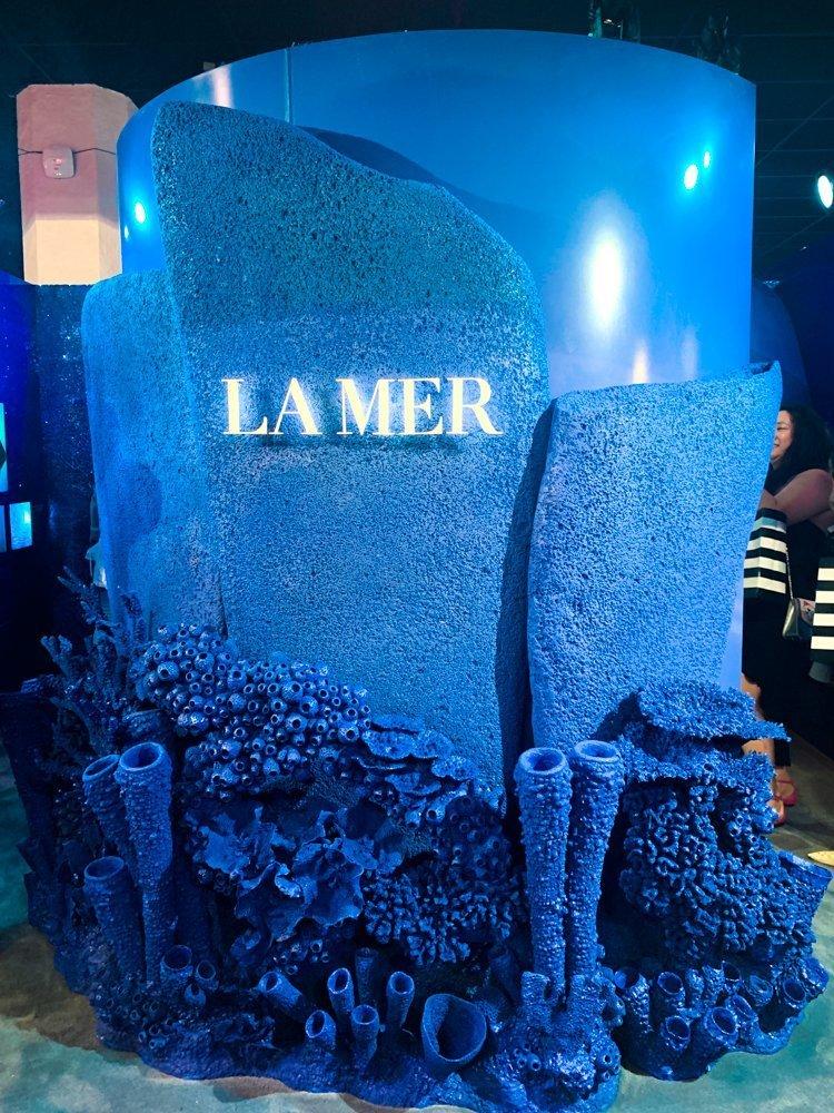 La Mer blue coral booth
