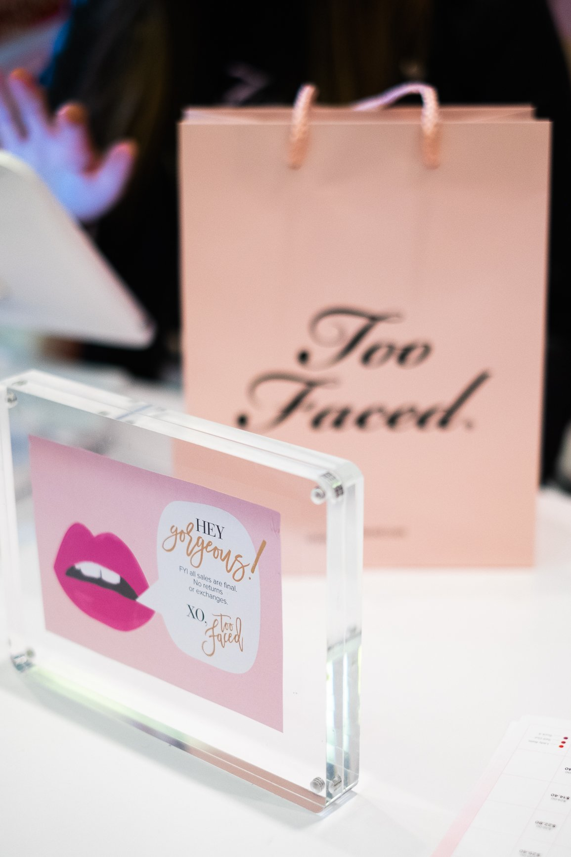 Too Faced stand